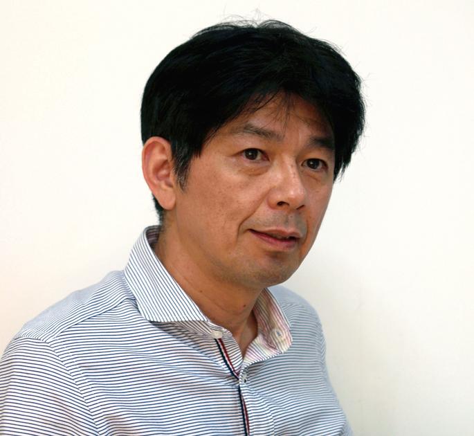 藤岡 郁 氏